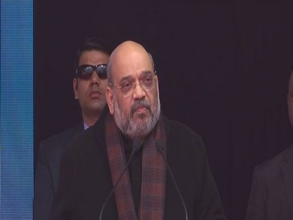 I want to ask Lalu and Mamata didi what wrong have the Matuasand the Namasudras has done to them says Shah
