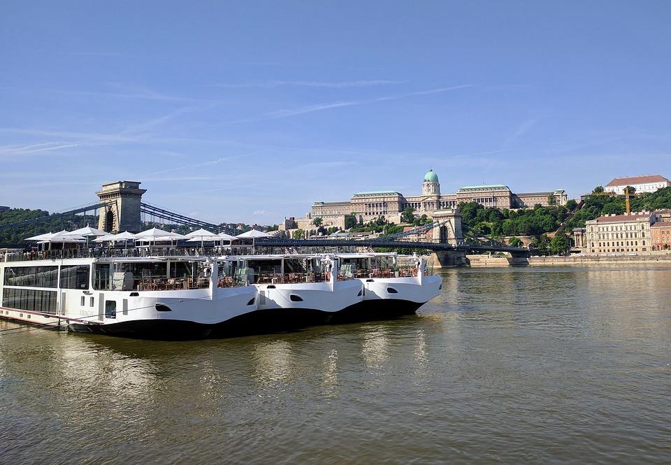 UPDATE 2-Captain of vessel in Danube boat collision had previous accident -prosecutors