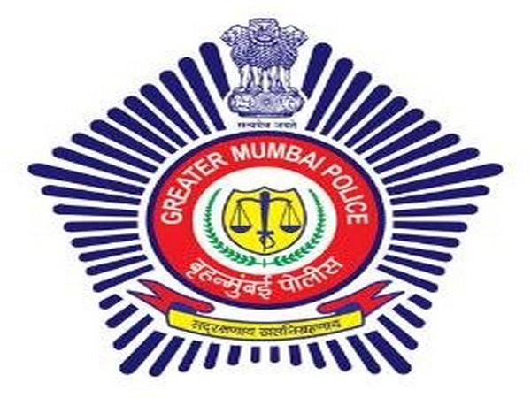 6 Mumbai police constables booked for not reporting to duty
