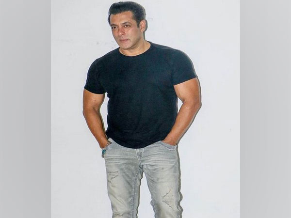 Salman Khan thanks 'strongest pillars of country' on National Doctor's Day