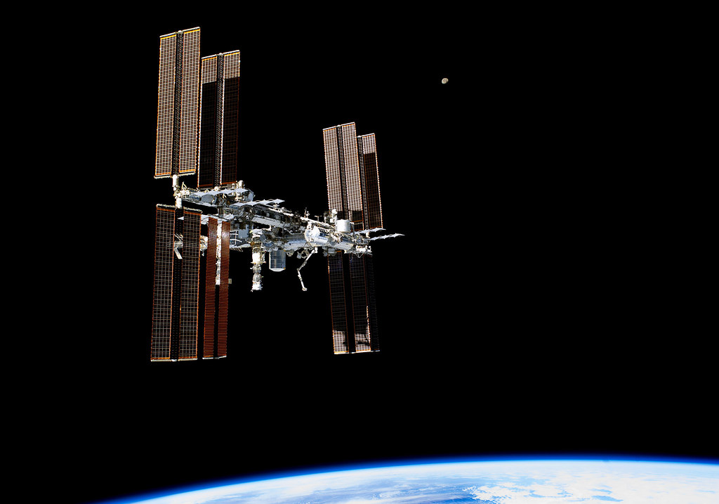 Science News Roundup: Teenage girls in northern Nigeria 'open their minds' with robotics; Russian cosmonauts give video tour of module that jolted space station
