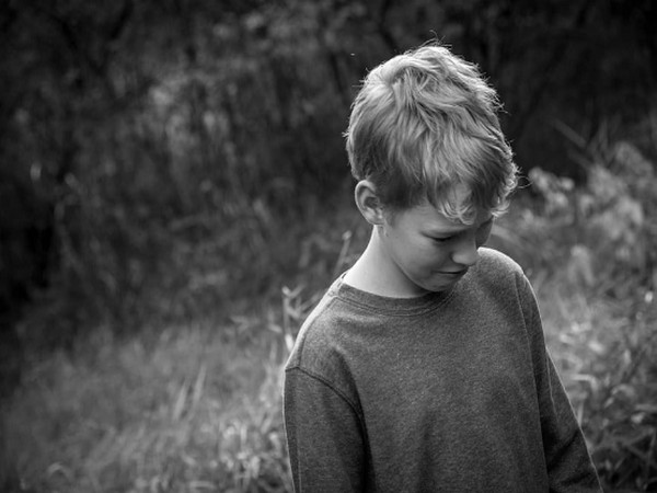 Researchers find teens who pay increased attention to sad faces likely to develop depression
