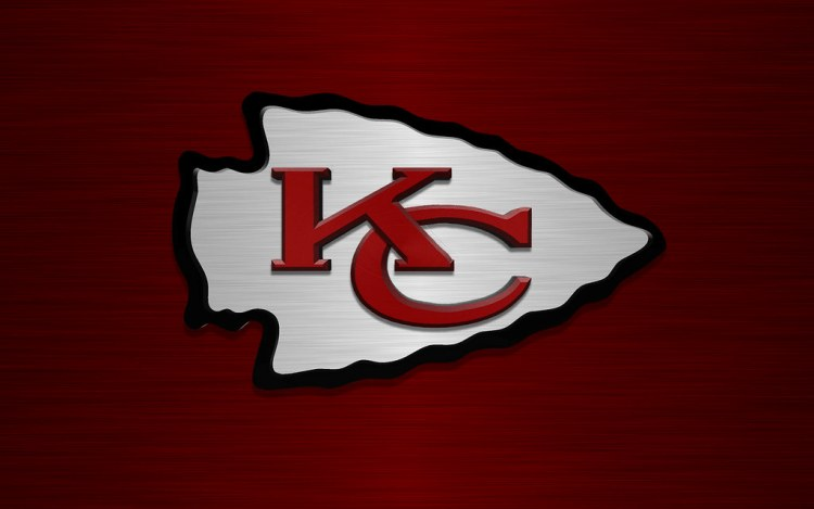 NFL-Parkland high school team steps in for Chiefs and 49ers