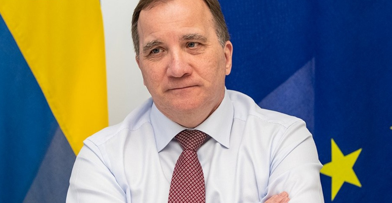 Swedish PM given COVID-19 vaccine, urges population to follow suit