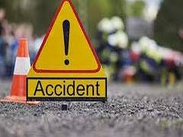 Tractor-trolley carrying devotees overturns in UP, 2 killed
