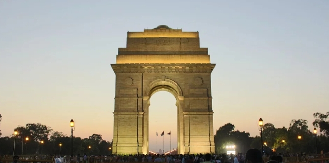 Central Vista revamp: 600 bollards removed from along Rajpath wait for new location
