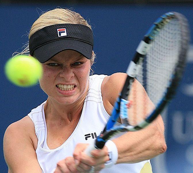 Tennis-Plenty of positives for Clijsters despite Dubai comeback defeat