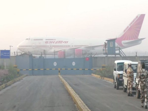 AI's 2nd flight lands in Delhi with 323 Indians from coronavirus-hit Wuhan