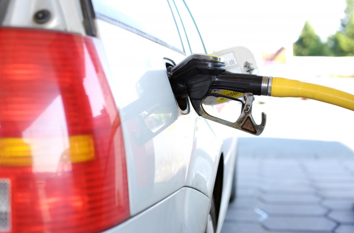 HPCL Chairman expects new govt will bring petroleum products under GST