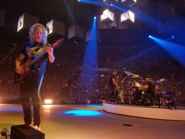 Heavy metal band Metallica donates 250,000 euros for Romanian pediatric hospital