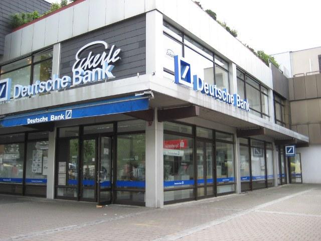 Deutsche Bank optimistic on revenues after profit beat