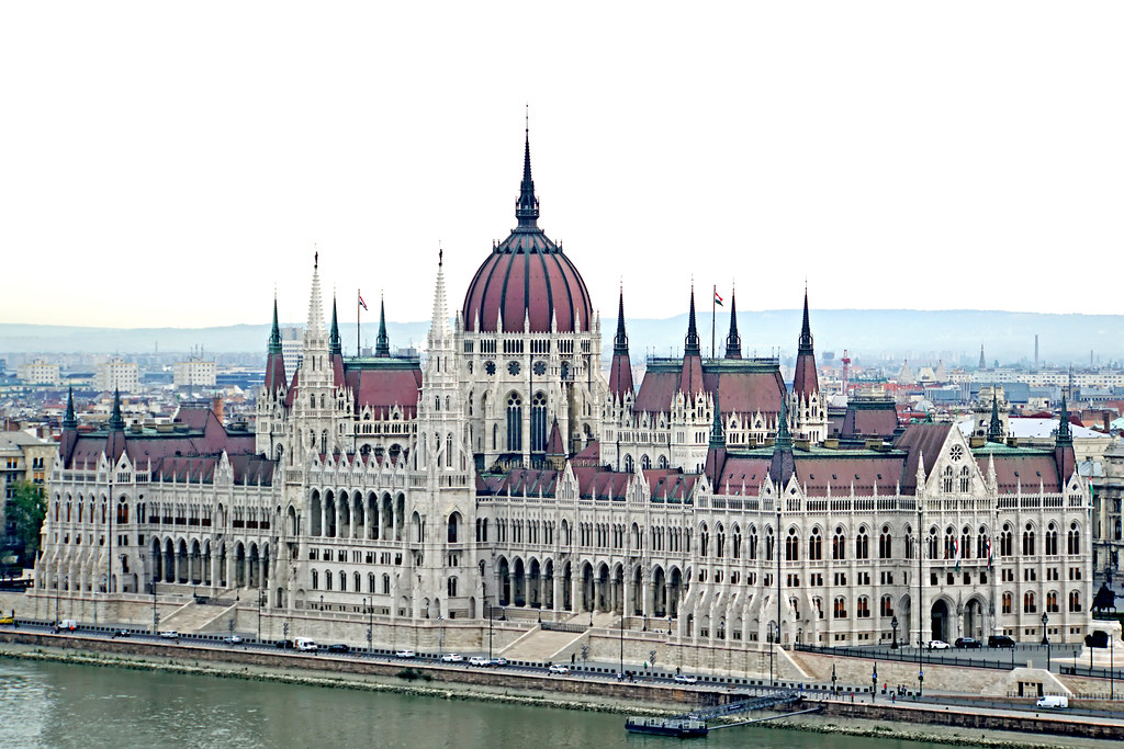 Hungarian lawmakers appoint new top court president despite judges' rejection