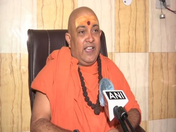 Uddhav an unworthy son for suggesting virtual 'bhoomi poojan' for Ram temple: Akhil Bharatiya Sant Samiti
