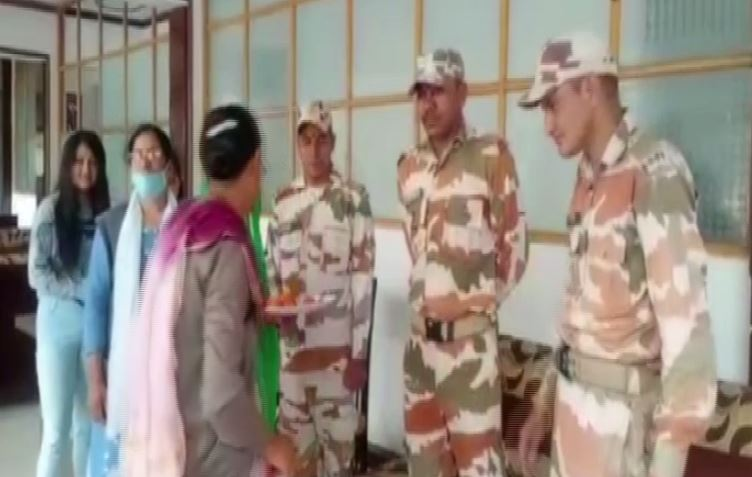 Chamoli women send rakhis for ITBP jawans, saying they protect our country