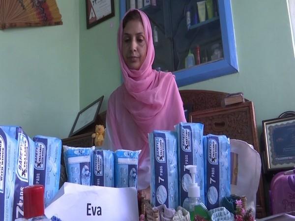Kashmiri woman distributes menstrual kits to girls amid coronavirus lockdown