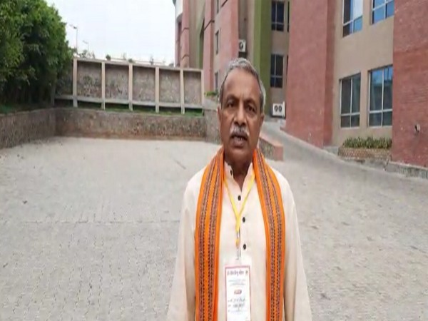 'Garbhgirah' of Ayodhya's Ram Temple to be constructed by 2023, says VHP's  Surinder Jain