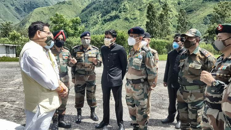 Uttarakhand CM reviews BRO's rehabilitation works after flood hit Dharchula