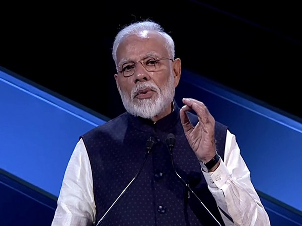 This is the best time to be in India: PM to investors
