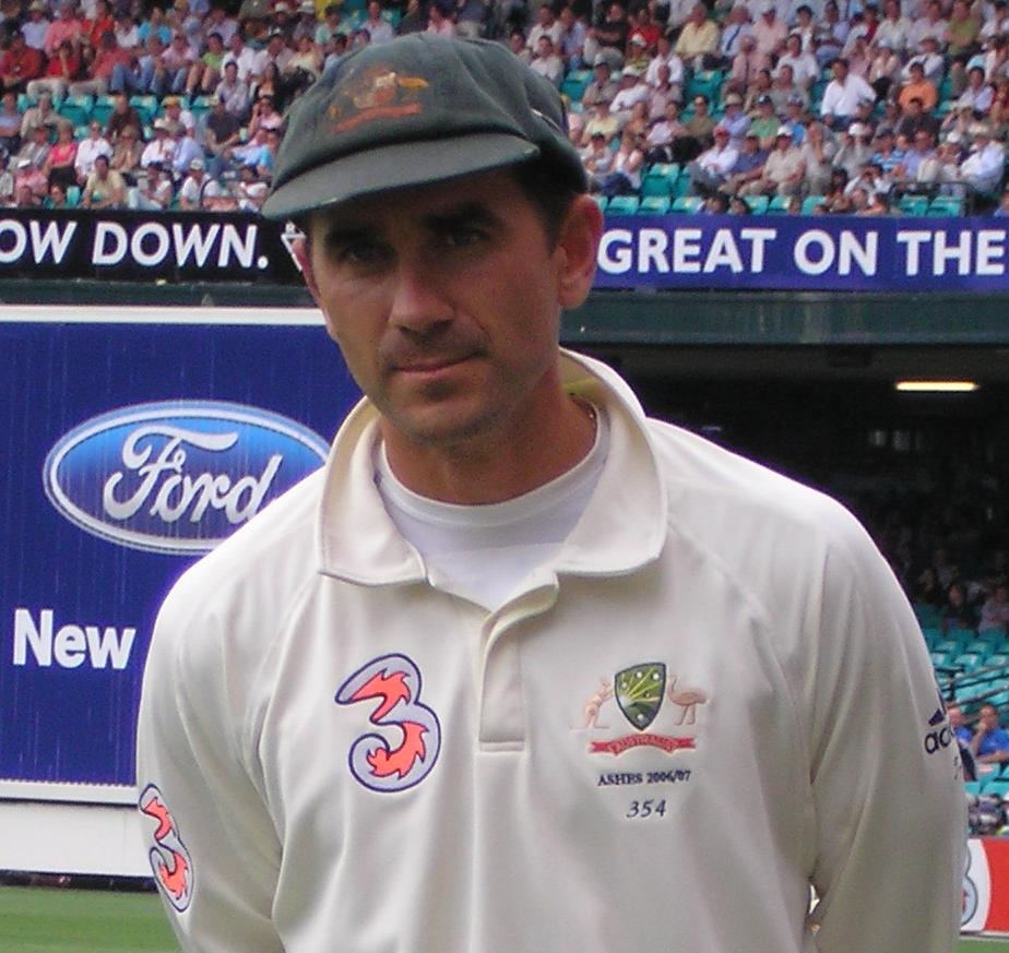 UPDATE 1-Cricket-Australia fret on team balance after Stoinis injury