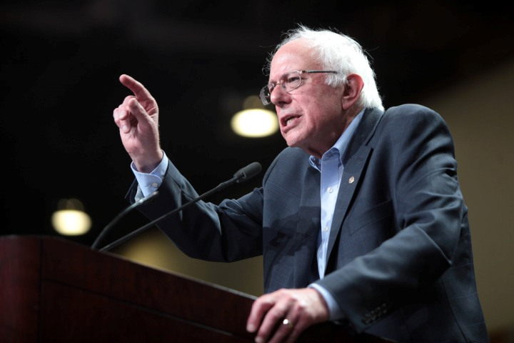 UPDATE 4-Sanders blasts Russia after report Moscow trying to boost his U.S. presidential campaign