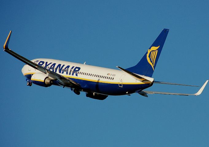 Ryanair sees 'very strong' July bookings but ticket prices lower than ever