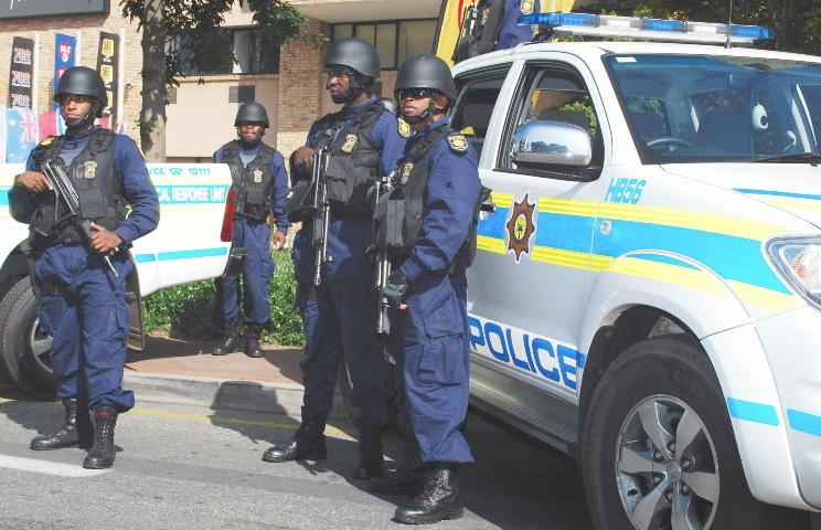 Police instructed to pursue suspects to SAPS members attack in Joburg