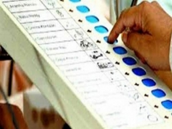Bengal CEO asks officials to check EVMs in vacant assembly seats