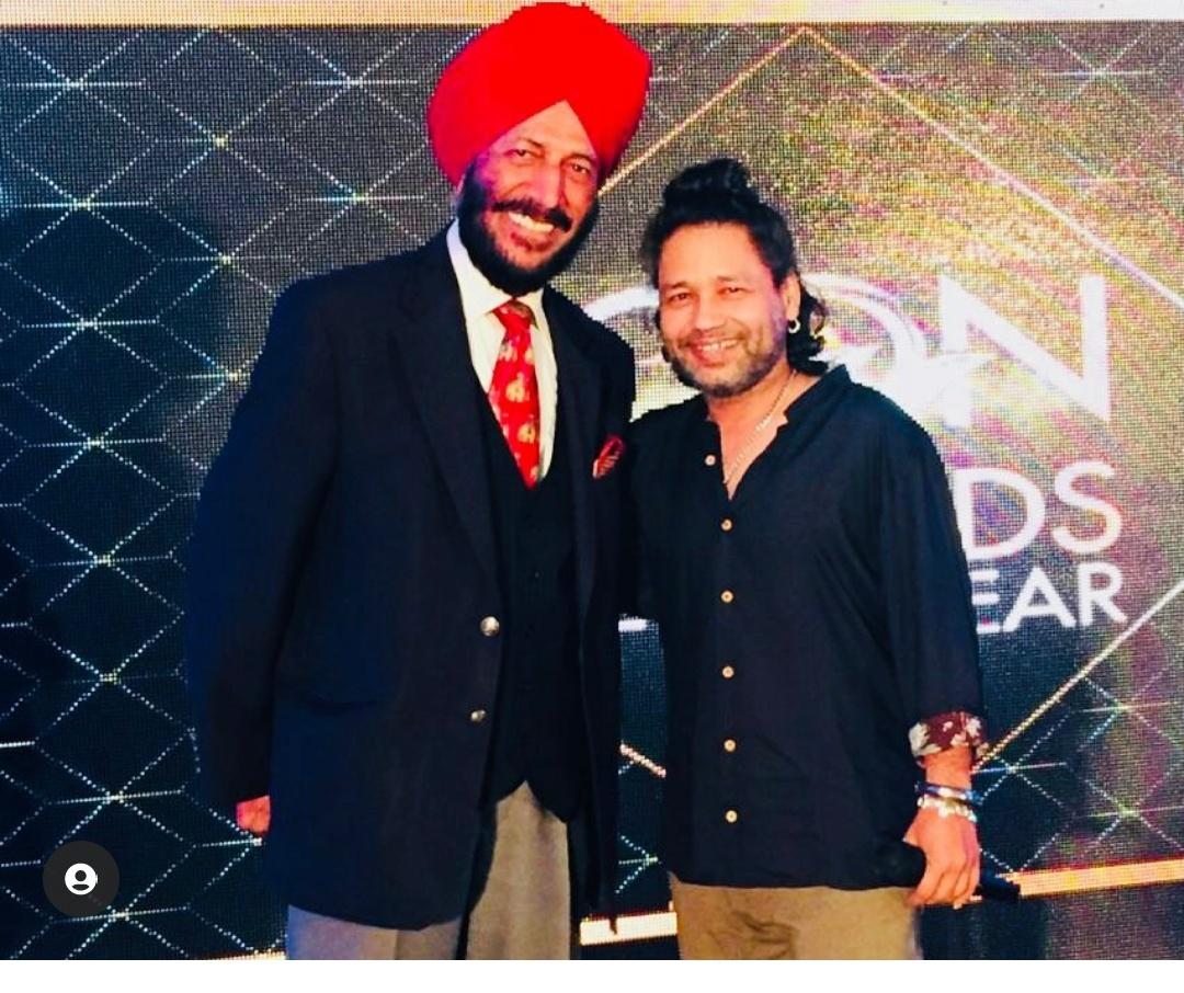Singer Kailash Kher pays tribute to late legendary athlete Milkha Singh