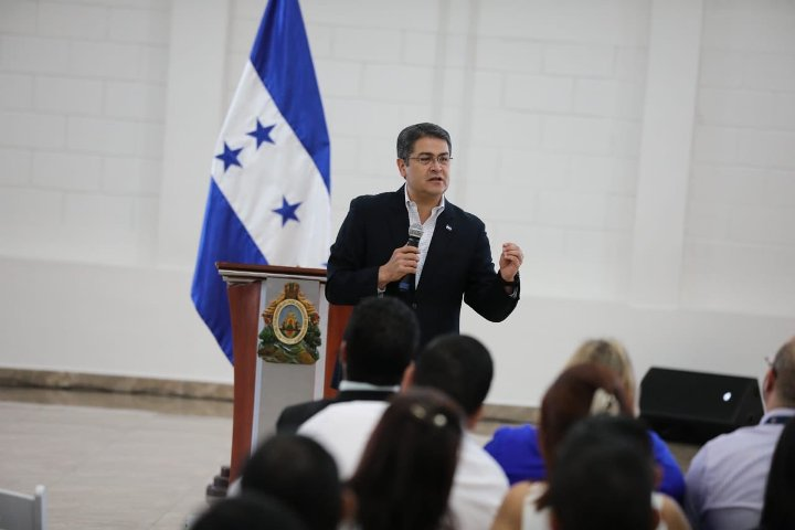 US motions expand drug claims against Honduras president