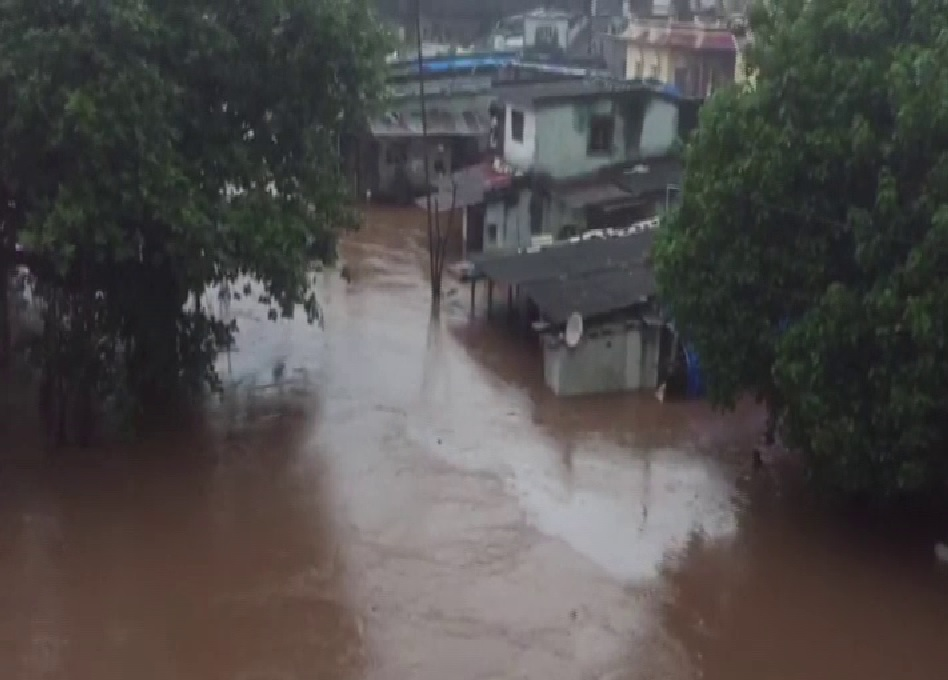 Gujarat: 8 NDRF teams, 2 IAF helicopters carrying out rescue operations in flood-affected areas