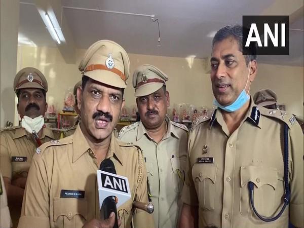 Maharashtra: Nashik Police Commissioner inaugurates stall for Ganesh idols made by jail inmates