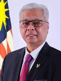 Malaysia PM to sign cooperation pact with opposition as parliament meets