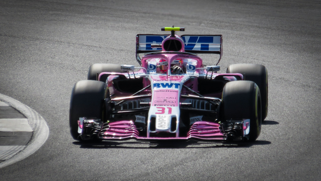 Motor racing-Activists criticise F1 boss for human rights comments