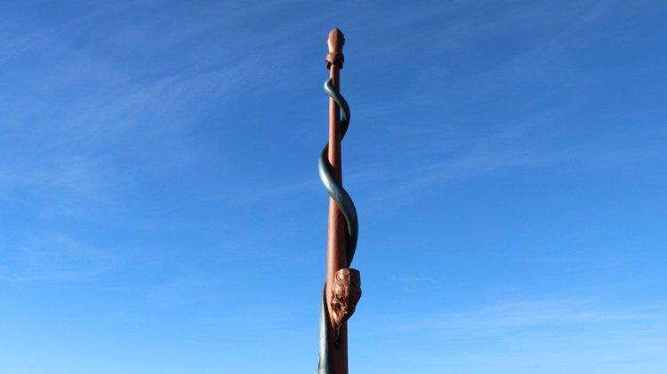 Ngāti Waewae Pou whenua unveiled for Kahurangi National Park