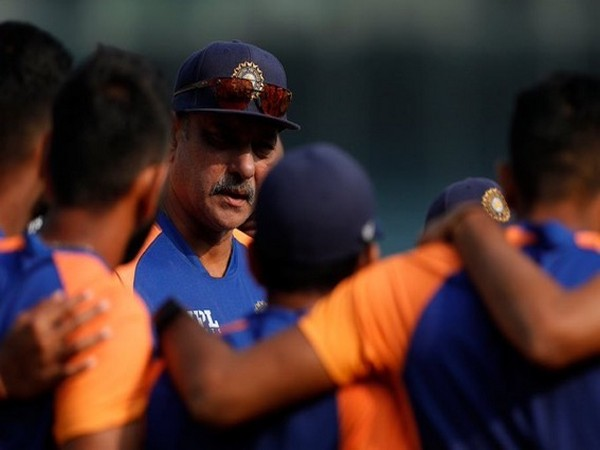 COVID-19: Ravi Shastri's lateral flow test returns positive, four members of Team India support staff isolated