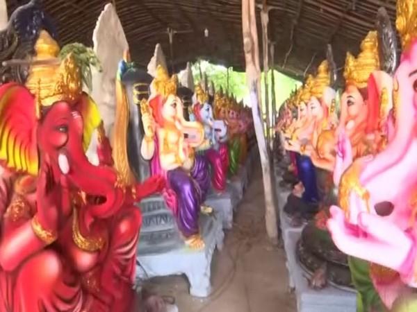 Artisans in Andhra's Vijayawada suffer due to ban on Ganesh pandals
