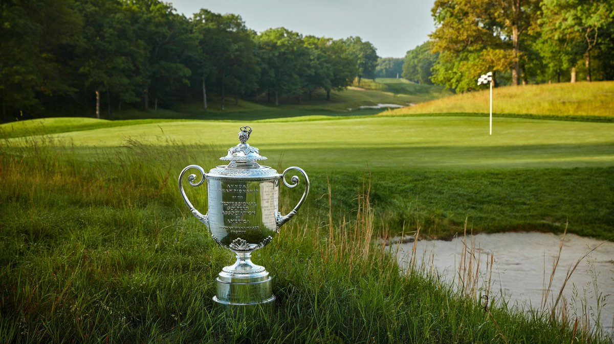 Koepka plays steady whilst Woods nine back at PGA Championship