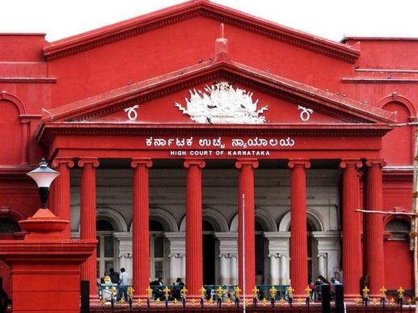 Karnataka HC tells Centre to increase daily oxygen supply of state