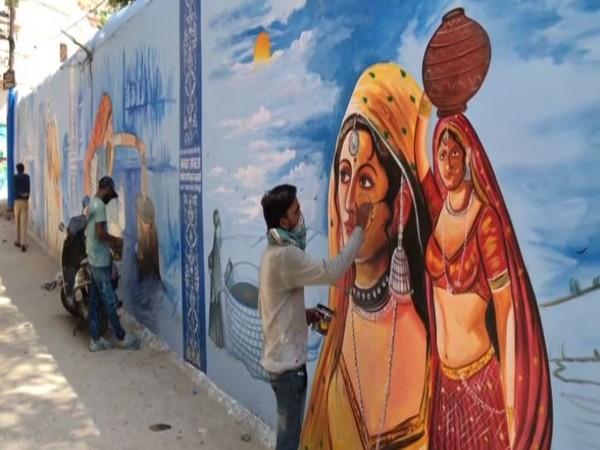 Jodhpur: Artists paint murals to highlight Rajasthan's culture