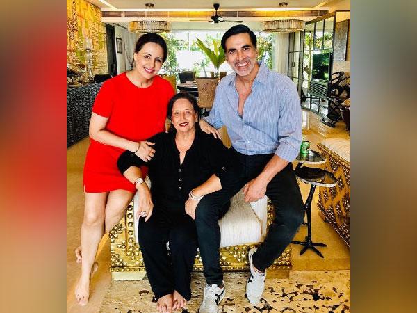 Akshay Kumar's mother hospitalised, actor flies back from UK