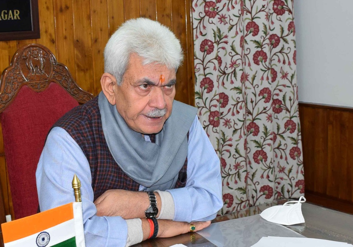 J-K L-G Sinha chairs meeting of Central Committee of Cultural Academy