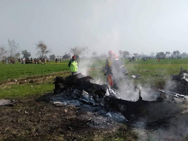 Pakistan Army's jet crashes, pilot injured