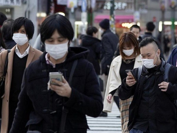 """Japanese face """"new normal"""" after coronavirus emergency lifted"""