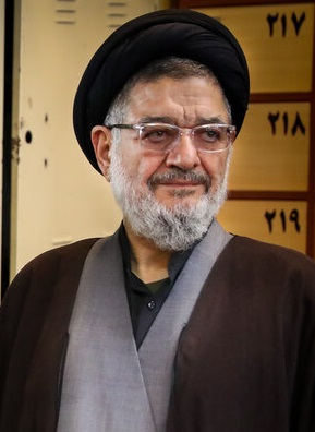 Iran cleric who founded Hezbollah, survived book bomb, dies