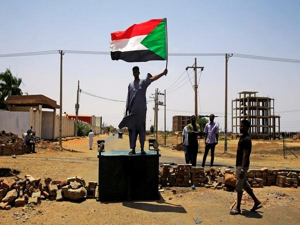 UPDATE 3-Sudanese factions agree plan to pave way for transitional government