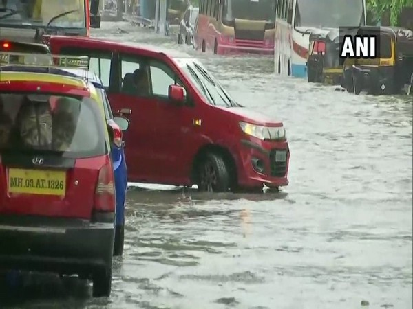 Naval officers to carry out rescue operations in Maharashtra