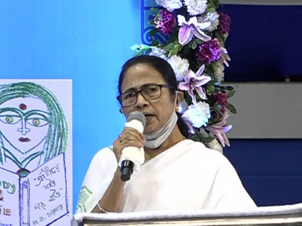 Mamata Banerjee recites Chandi Path, urges Durga Puja pandal organisers to celebrate with COVID norms