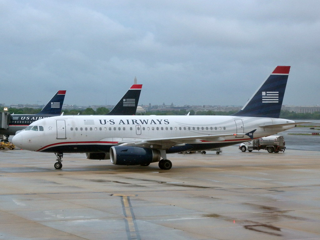 U.S. airlines face grim winter, with or without a bailout
