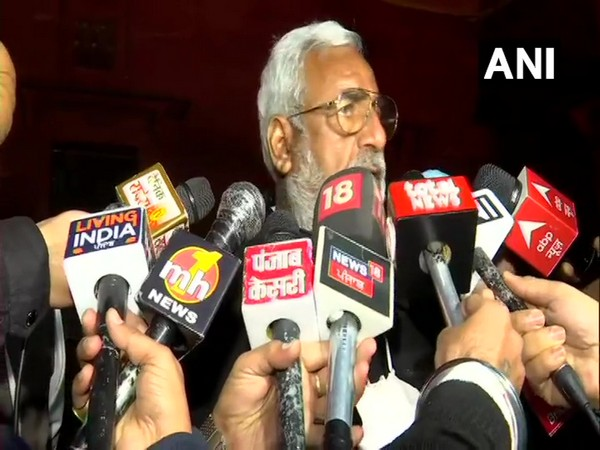 Govt ready to listen but farmers stubborn: Punjab BJP leader