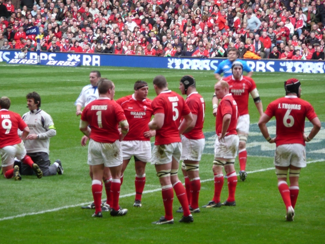 Rugby-Refereeing decisions spark furious debate after Wales win